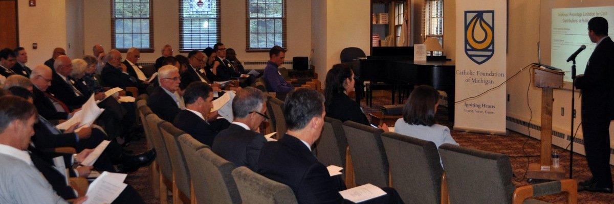 Foundation Hosts Charitable Planning Seminar