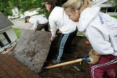 digging-girls
